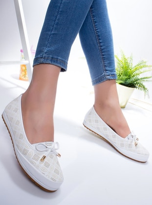White - Flat - Flat Shoes