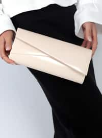 Cream - Clutch Bags / Handbags
