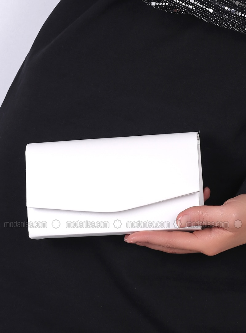 White - Clutch Bags / Handbags