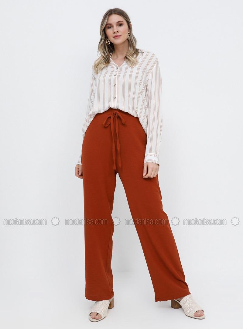 - Plus Size Pants