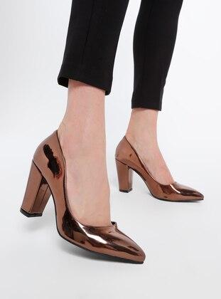 - High Heel - Shoes