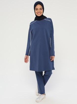 09b96c2636d Modèles de survêtements islamiques - modanisa.com