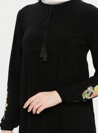 Black - Point Collar - Unlined - Dress - ZENANE