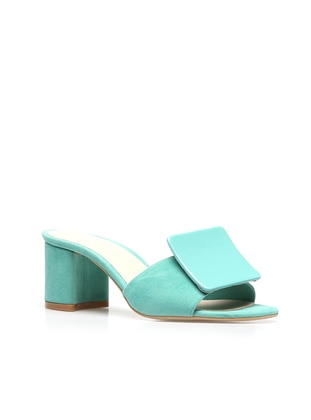 - Sandal - Slippers