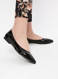 Black - Flat - Shoes