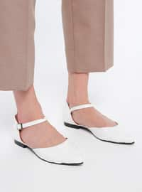 White - Flat - Casual - Shoes