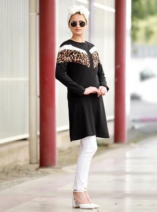 Black - Leopard - Crew neck - Acrylic - Tunic