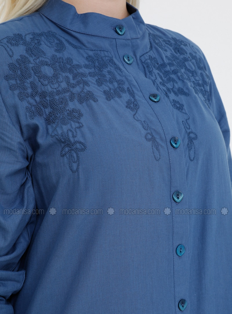 e4658238f6a81 Doğal Kumaşlı Boydan Düğmeli Nakışlı Elbise - İndigo