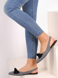 Black - White - Flat - Flat Shoes