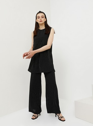 Black - Stripe - Pants