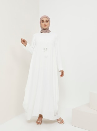 Baggy Dress with Necklace - White