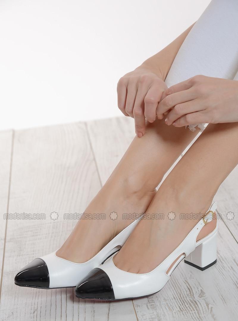 4aa8ebe69db Black white high heel shoes fotoğrafı büyütmek için tıklayın jpg 800x1080  Black white stiletto shoes