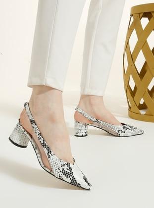 Black - White - High Heel - Shoes