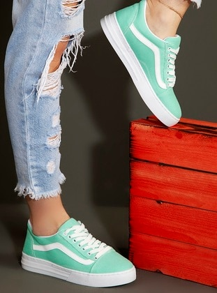 - Sport - Sports Shoes