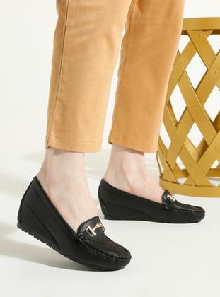 Black - Flat - High Heel - Shoes