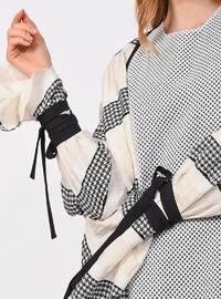 Black - White - Stripe - Abaya