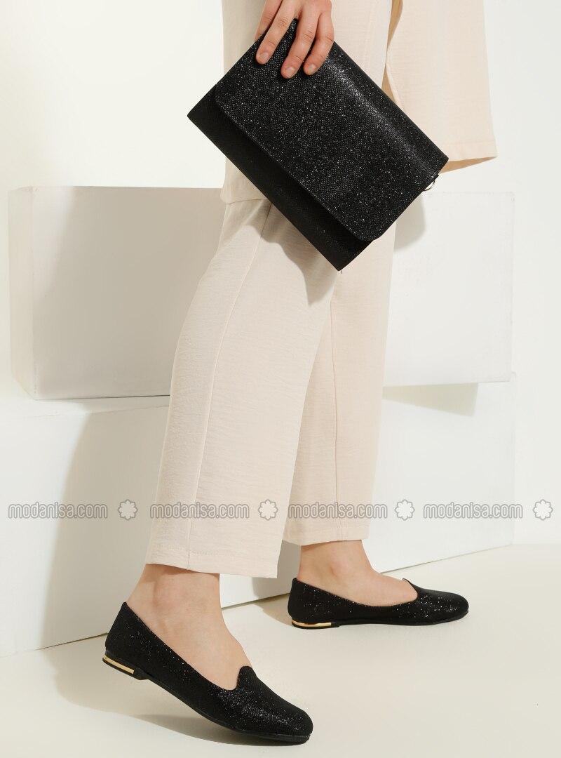 Black - Flat - Suit