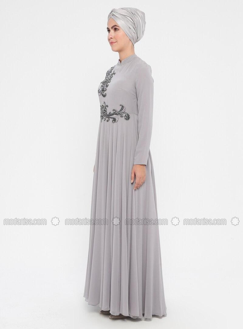 7aad2396cbb01 Boncuk İşlemeli Abiye Elbise - Gri