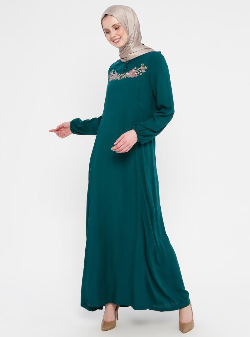 48 female Yeşil Zümrüt Yeşili Tesettür Elbise Ginezza