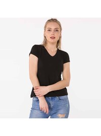 Black - T-Shirt