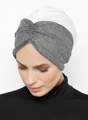 White - Silver tone - Plain - Bonnet