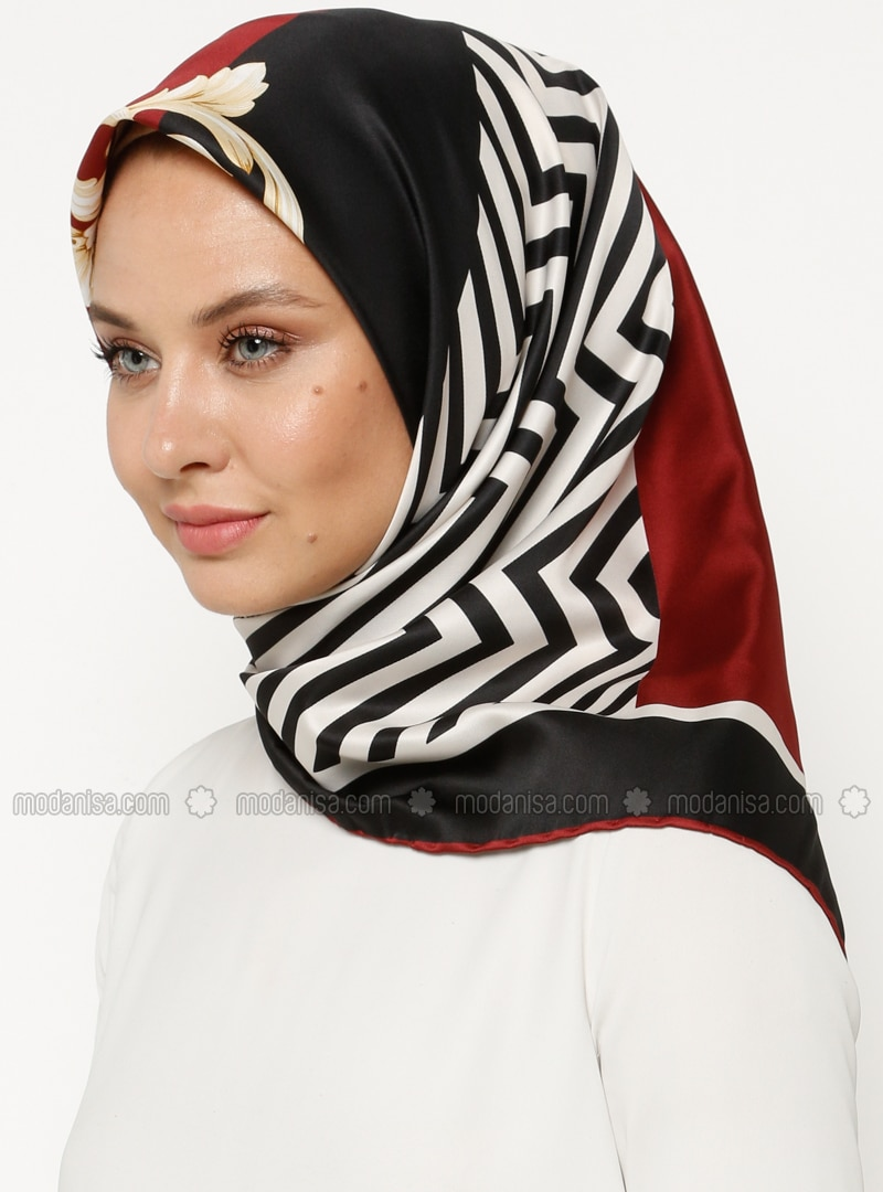 Black - White - Printed - Scarf