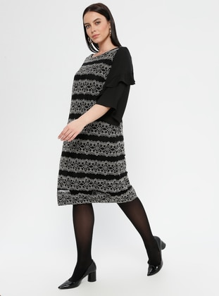 Black - Stripe - Fully Lined - Crew neck - Plus Size Dress