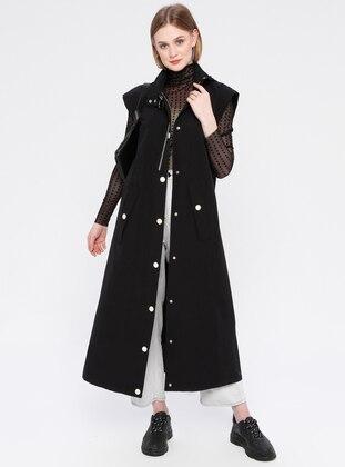 Black - Unlined - Polo neck - Vest