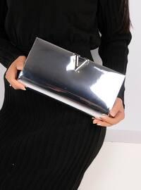 Lamé - Clutch Bags / Handbags