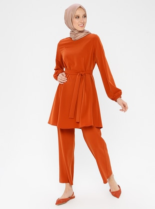 ed5145fa230d0 Tesettür Takım Elbise Modelleri - Modanisa.com