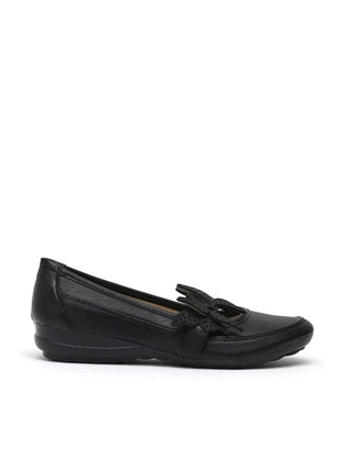 Black - Flat - Girls` Flat Shoes - Y-London