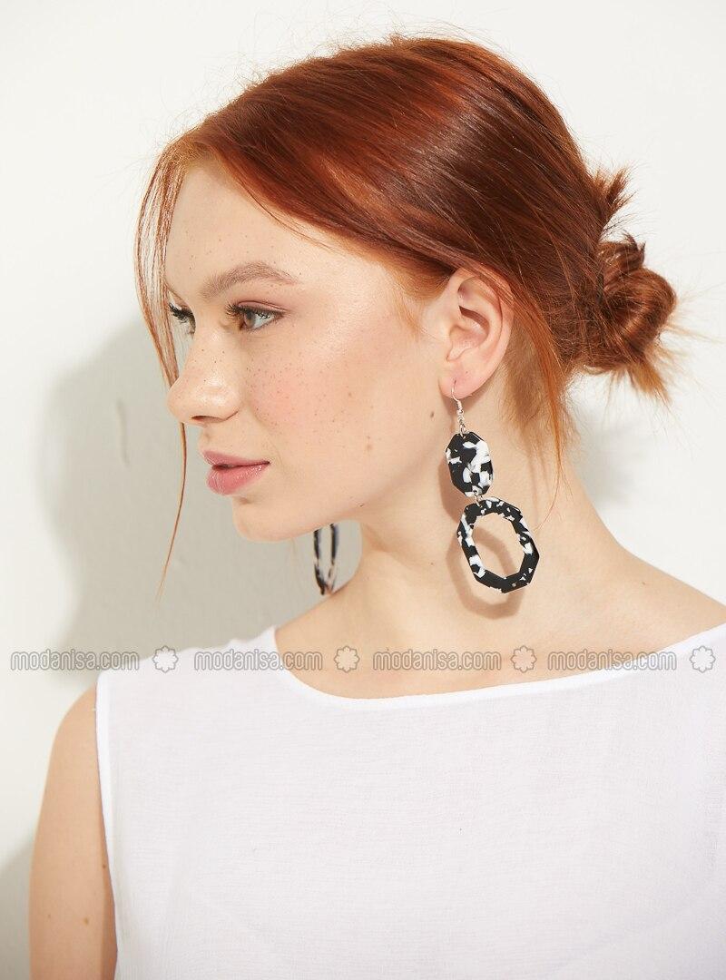 Black - White - Earring