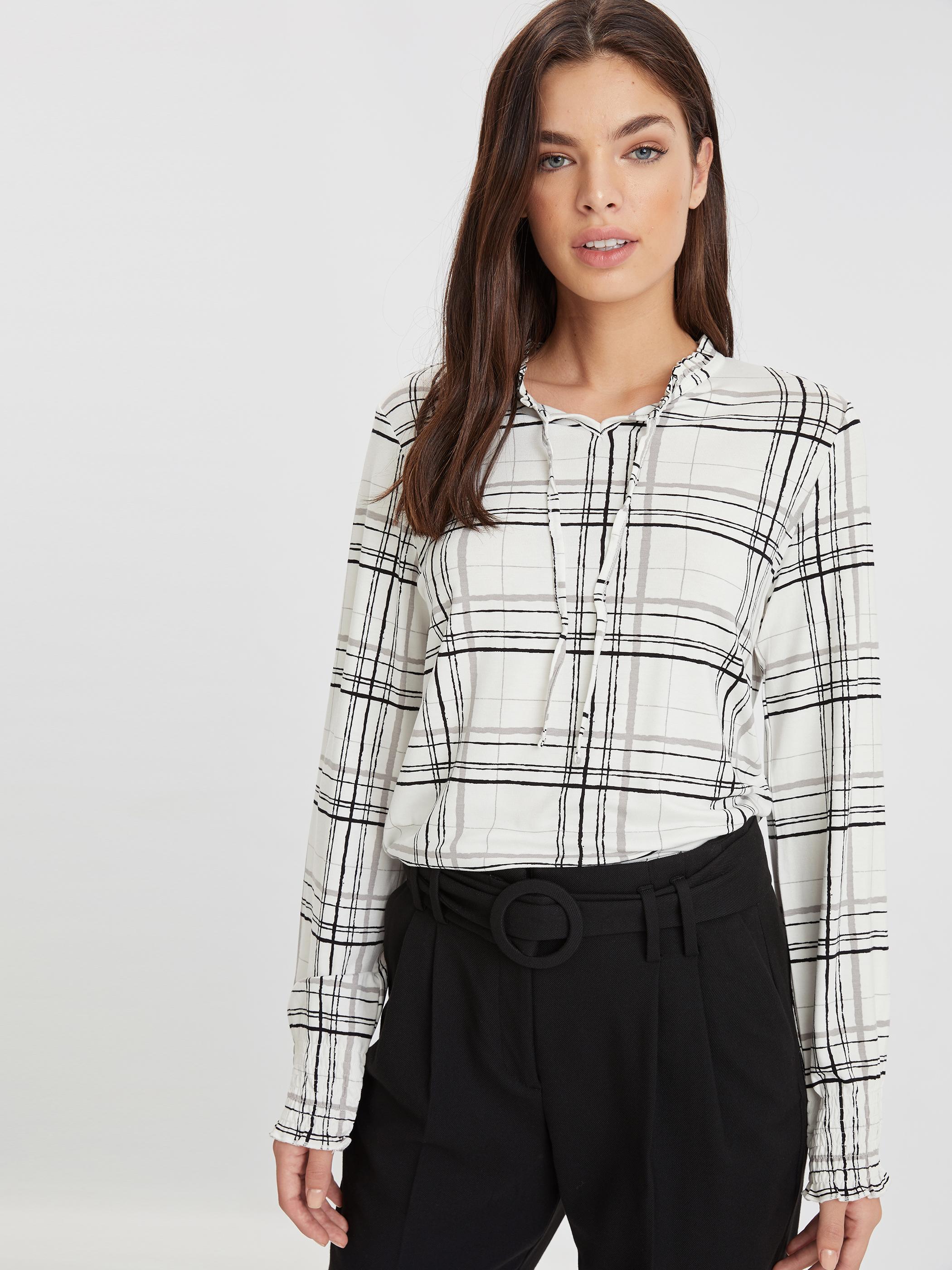 42 female Beyaz Bluz Gömlek LC WAIKIKI