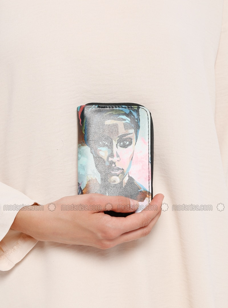 Multi - Wallet