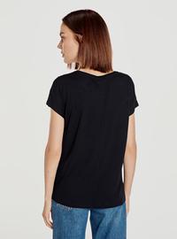 Crew neck - Black - T-Shirt