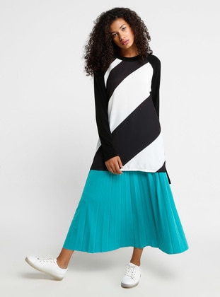 White - Stripe - Crew neck - Tunic