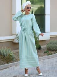 Nane yeşili - Çizgili - Yuvarlak yakalı - Astarsız kumaş - Viskon - Elbise