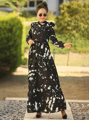 Black - Green - Floral - Crew neck - Unlined - Dress