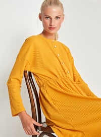 Mustard - Crew neck - Unlined -  - Dress