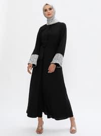 Siyah - Astarsız kumaş - Düğmeli yaka - Abaya