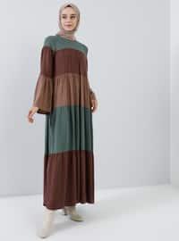 Kahverengi - Yuvarlak yakalı - Astarsız kumaş - Viskon - Elbise
