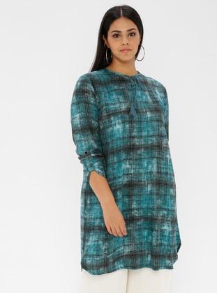Turquoise - Checkered - Crew neck -  - Plus Size Tunic