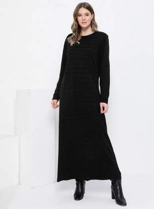 Black - Unlined - Crew neck - Acrylic -  - Plus Size Dress - Alia