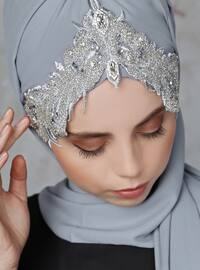 Gray - Silver tone - Litho - Shawl