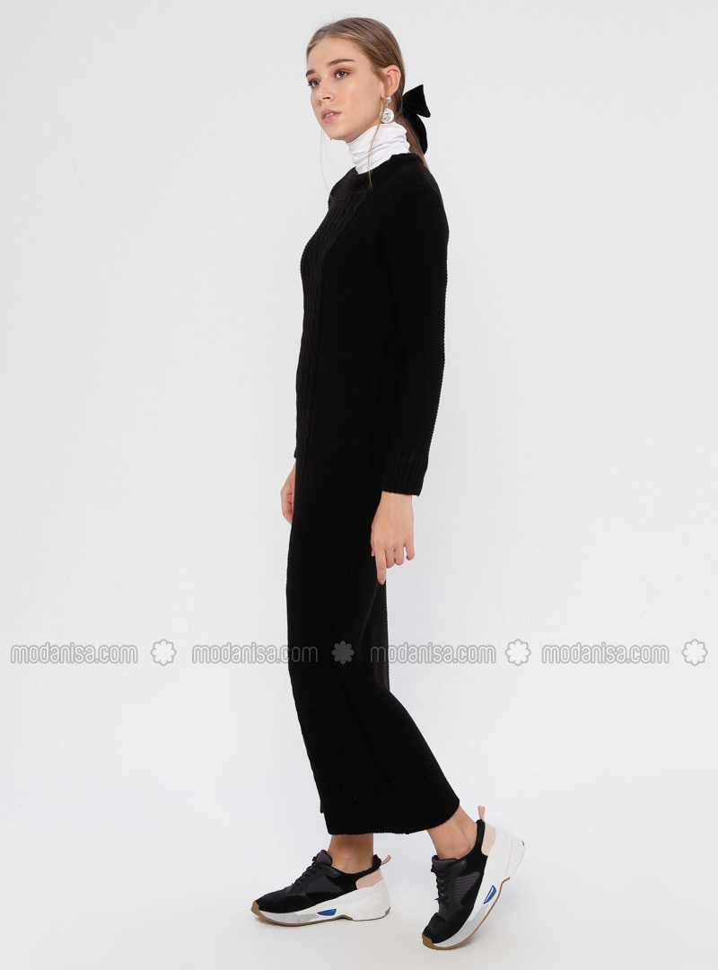 Black - Crew neck - Unlined - Acrylic - Dress