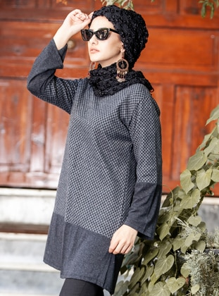 Black - Checkered - Crew neck - Tunic