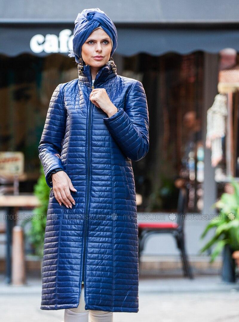 Navy Blue - Fully Lined - Polo neck - Coat