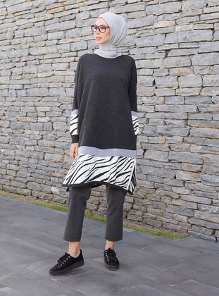 Anthracite - Zebra - Crew neck -  -  - Tunic