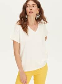 V neck Collar - White - T-Shirt