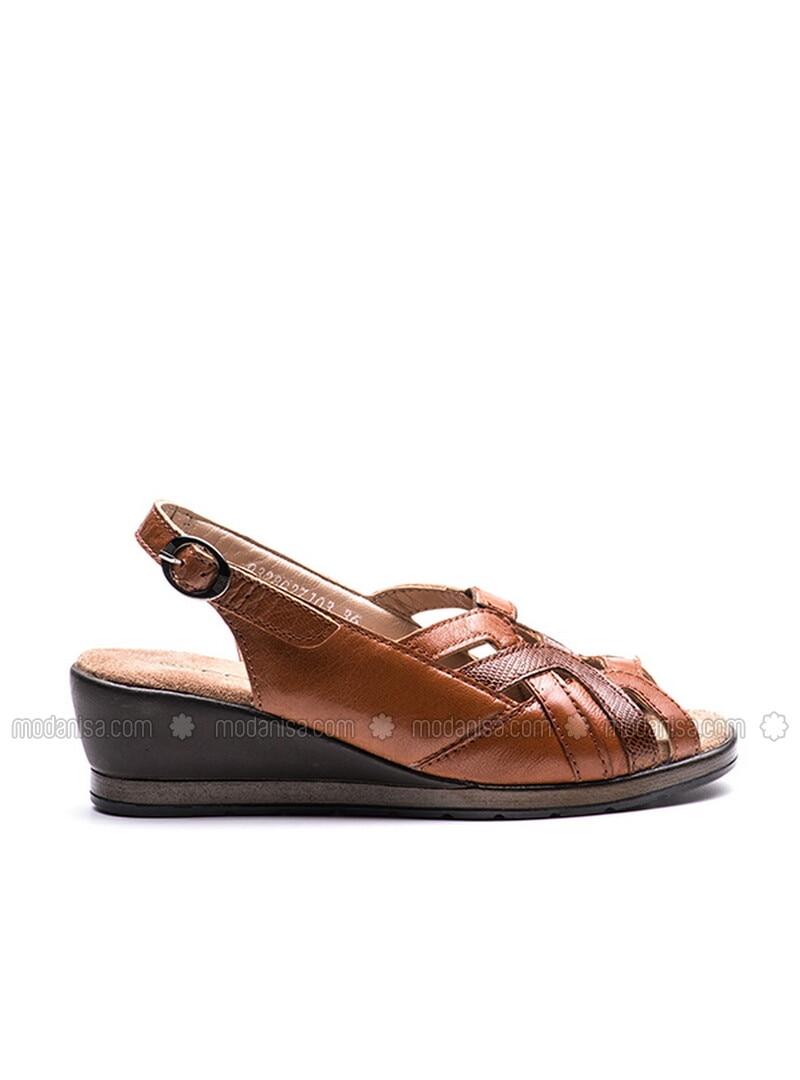 Tan - Sandal